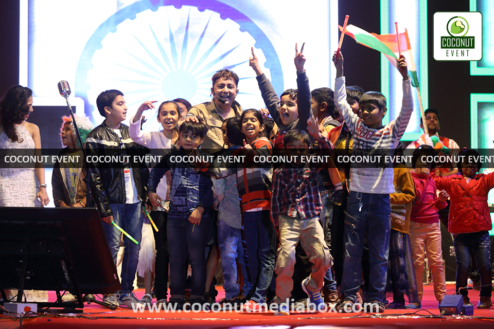 Sukhwinder Singh performing in Live January jan 2017 Concert Managed by Coconut Media Box Mumbai