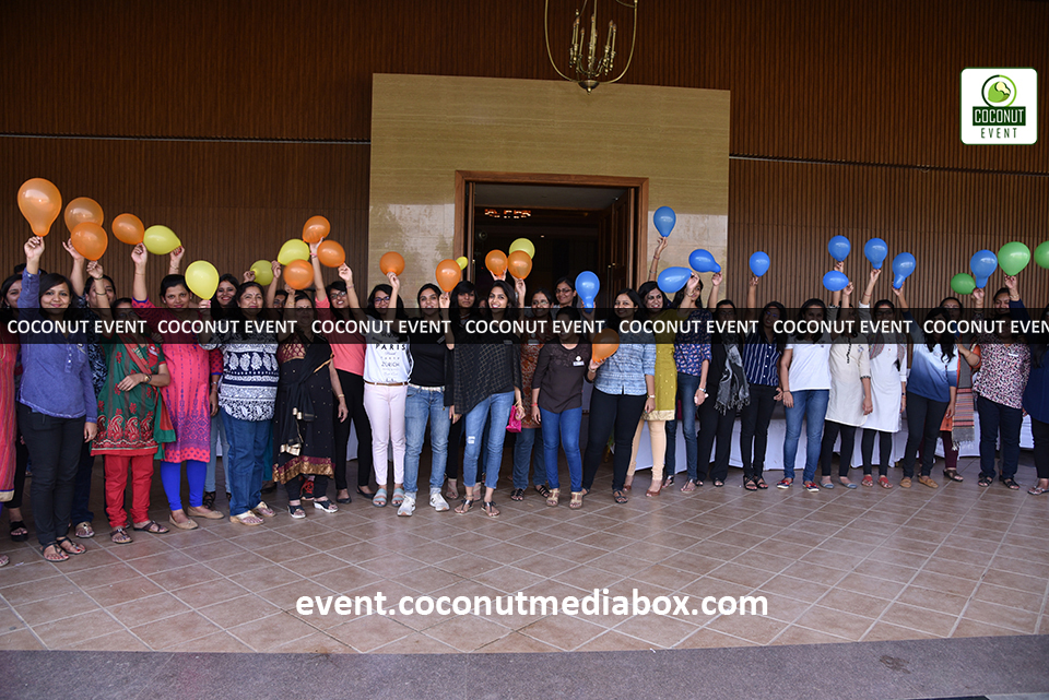 Coconut event managing an event for HPCL's Mumbai Refinery 2017 with fun outdoor activities such as baloon burst to celebrate women's day