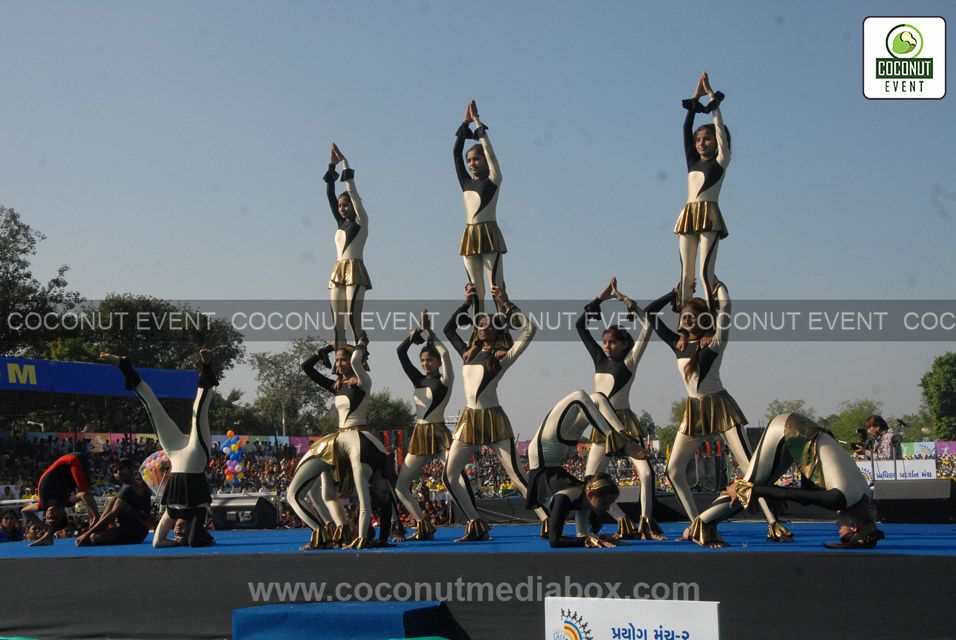 Dance Performance by Juniors at Khel Mahakumbh