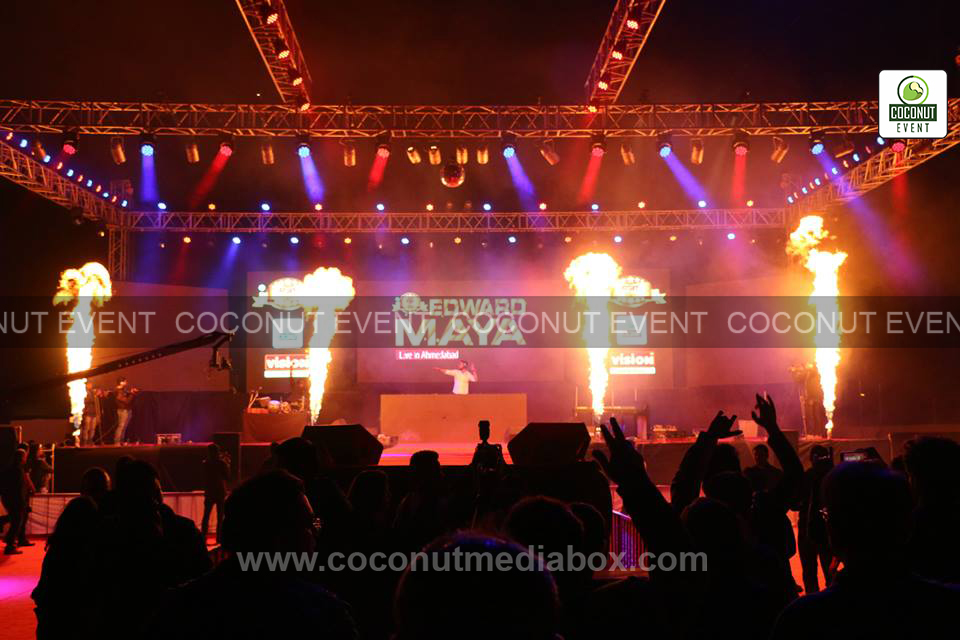 Edward in Live concert organizer Coconut event