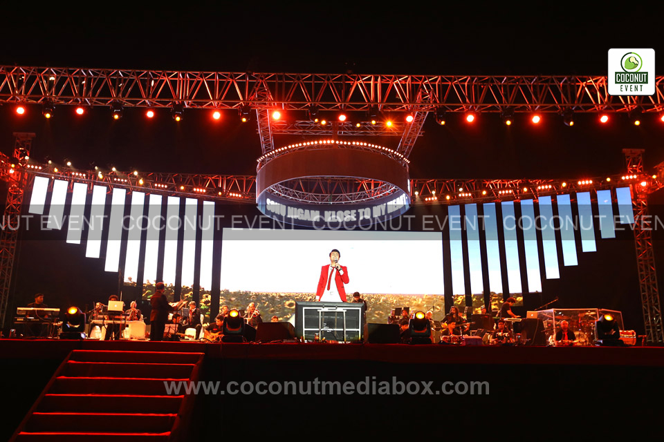 Versatile Singer Sonu Nigam and melodious songs in Event 2016