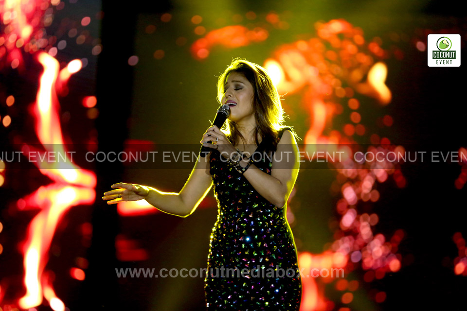 Melodious Songs by Sunidhi Chauhan at event - Coconut event