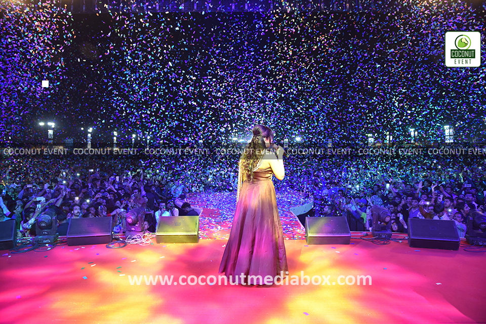 Shreya Ghoshal live in concert at Ahmedabad  2017
