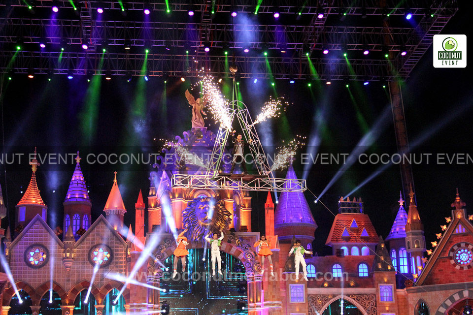 Stage Decoration of Zee Rishtey Award 2015