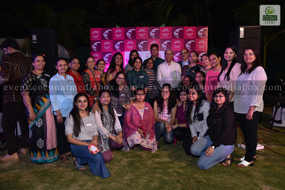 Coconut event managing an event for HPCL's Mumbai Refinery 2017 where we can see a group photo is clicked amidst this successful event