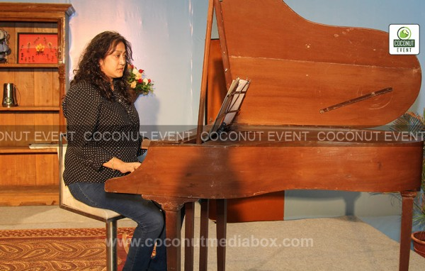 A most versatile actor Raghuveer Yadav's Classical play Piano at Ahmedabad held in February 2015 managed by Coconut Event Mumbai